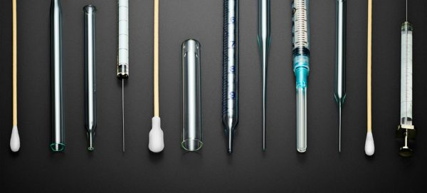abbvie-pipettes-syringes-qtips@2x